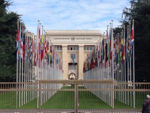 1920年にアメリカ大統領のウィルソンによって提唱された国際連盟が、ここに本部を置いたのが前身。建物内外は各国から寄贈された記念品で飾られています。 因みに、国際連合のヨーロッパ本部があるスイスですが、国際連合に正式加盟したのは、2002年9月10日で、190番目の国連加盟国です。