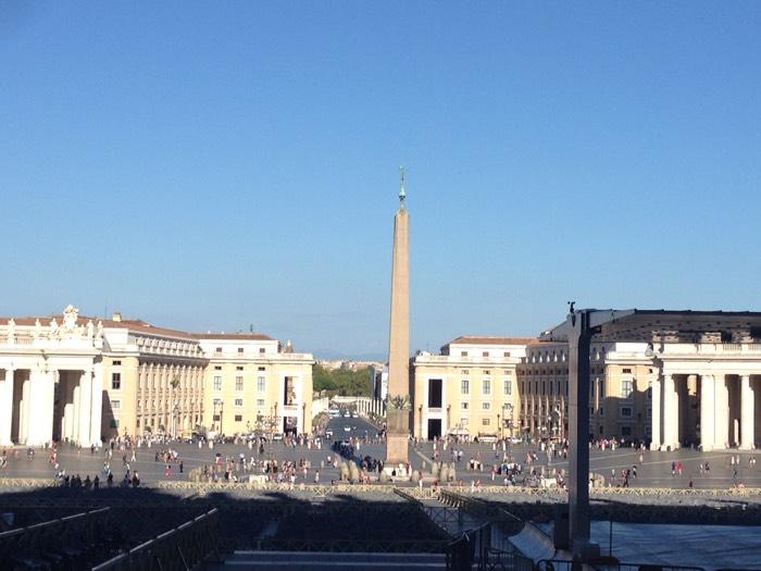 バチカンのサン・ピエトロ広場。