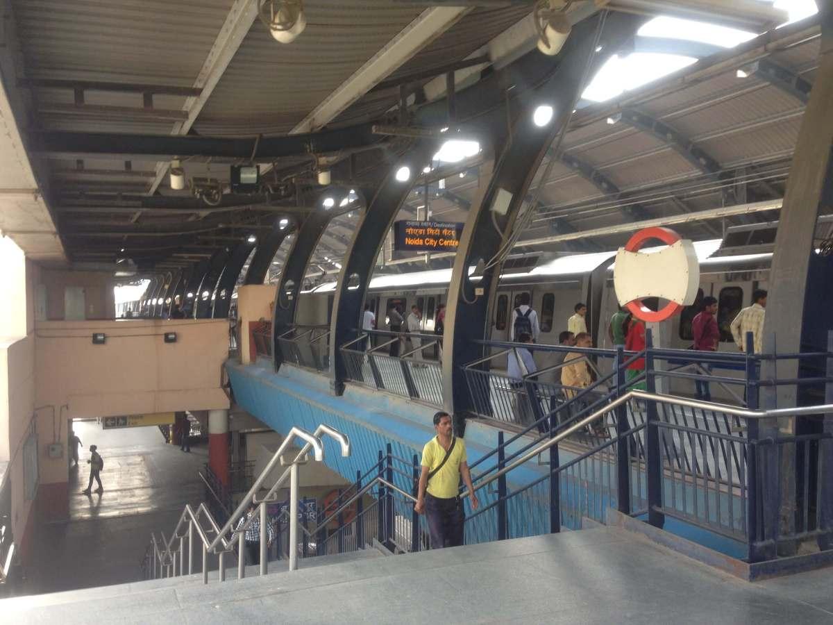 デリーの地下鉄。