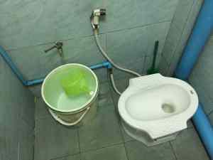 タイの古いタイプと新しいタイプのコラボレーションなトイレ