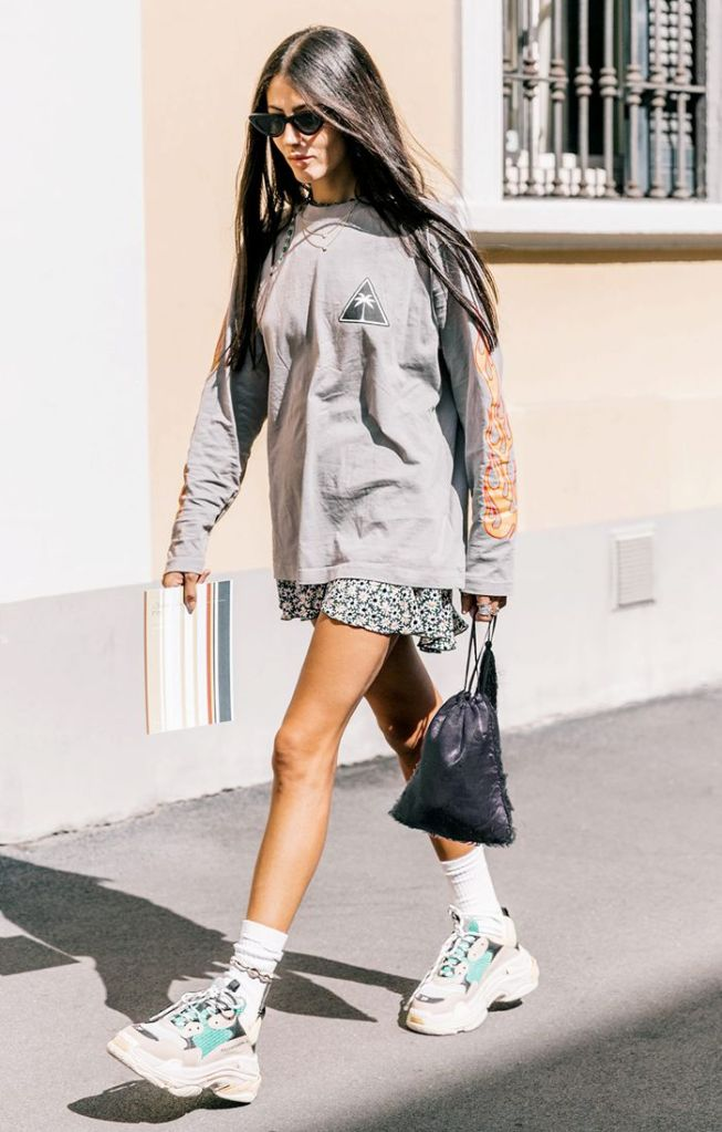 Celebrities con ugly shoes sneakers THE-ARE