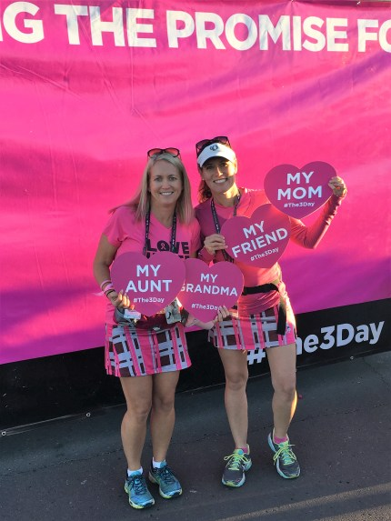Milena Schroeder with her sister_San Diego