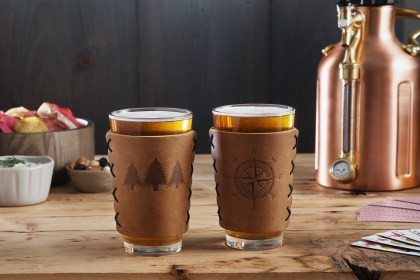 Oowee leather pint sleeve for beer