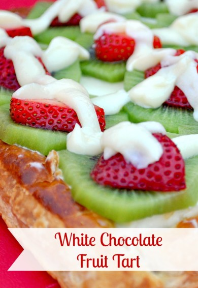 White Chocolate Fruit Tart - Delicious fruit tart with only a few ingredients and an easy puff pastry tart shell! {The Love Nerds} #fruittart #dessert #brunchideas