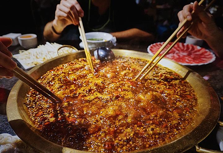 Mala hot pot in Chengdu (mala huo guo)