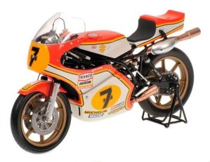 Minichamps 1976 Suzuki RG500 GP Motorcycle - Barry Sheene, World Champion