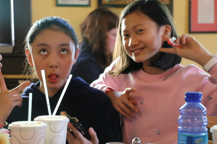 tncs-hosts-second-group-of-chinese-students