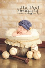baseball-sportrs-themed-newborn-photo-santa-monica-unique-baby-photographer