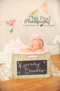 newborn-baby-chalkboard-box