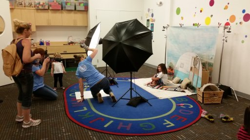 Behind-The-Scenes-Kidville-Brentwood-Photographer-Photo-Booth-Summer-Bohemian-Set-Fun