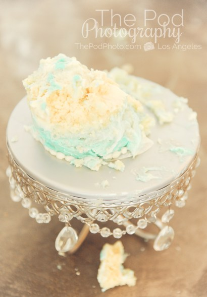 Best-First-Birthday-Cake-Smash-Photographer-Los-Angeles-SusieCakes-Teal-White-Silver-Aftermath-Smash