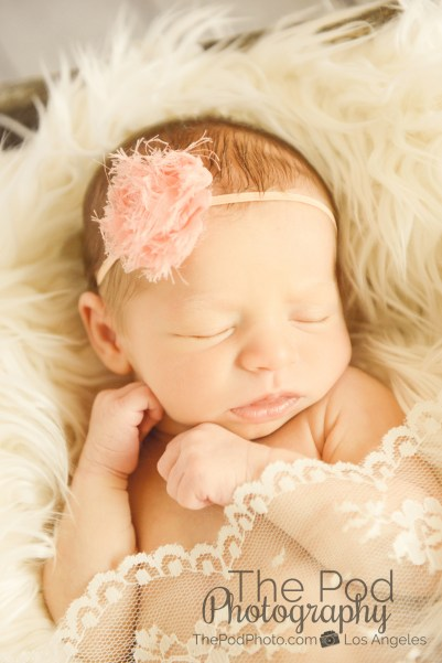 girly-newborn-pictures-los-angeles