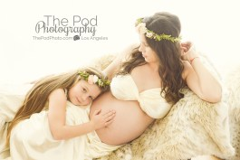 mother-daughter-pregnancy-photographer-los-angeles
