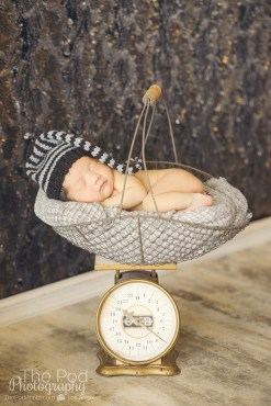 unique-baby-pictures-cheviot-hills-asleep-on-a-scale