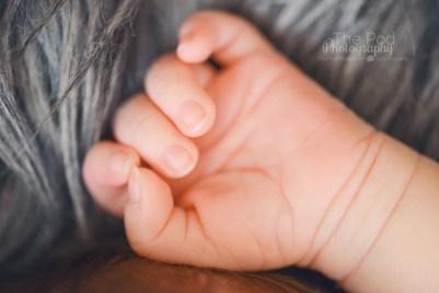 newborn-baby-hand