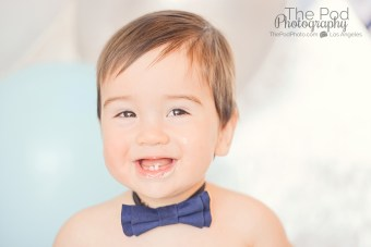 smiley-12-month-portraits-baby-boy-los-angeles-photographer
