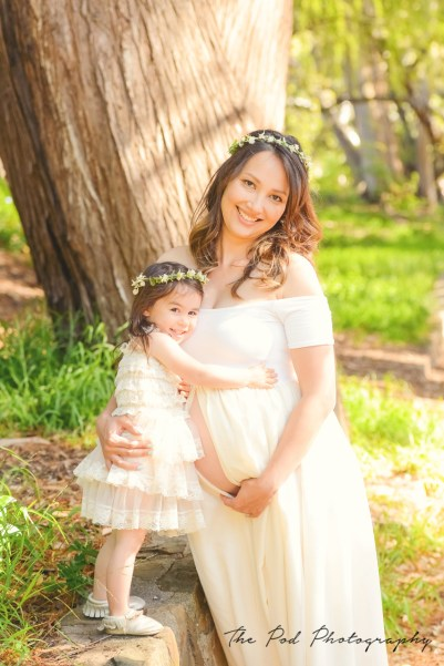 sweet-mommy-daughter-pregnancy-pictures