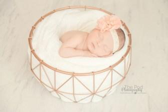 girly-newborn-photographer-west-los-angeles
