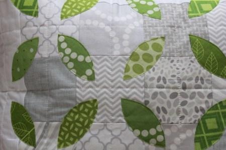 Summer Leaves Pillow tutorial