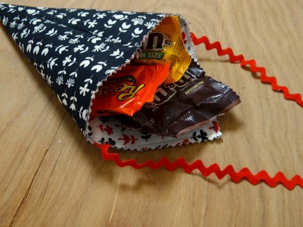 candy stuffed valentine cone