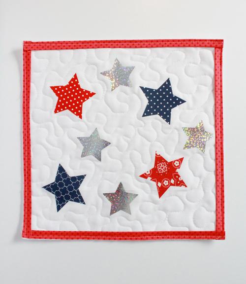 DecoFoil star table topper 18