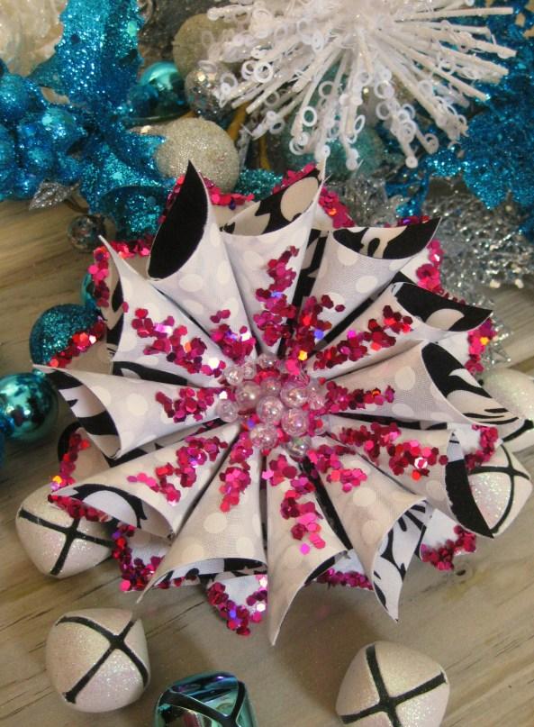 Flower ornament 001