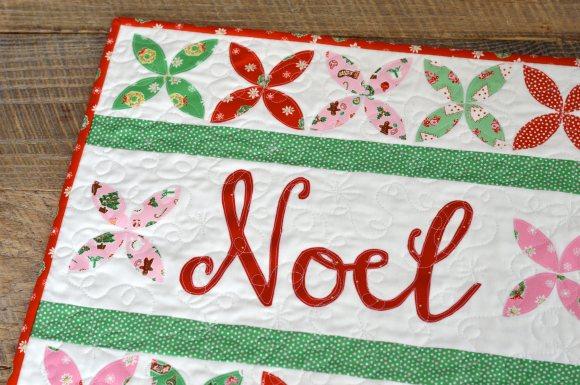 noel quilt 12