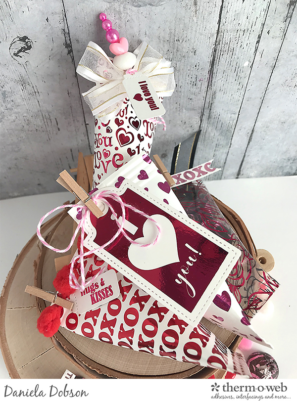 VD Treat boxes 3 by Daniela Dobson for Therm O Web