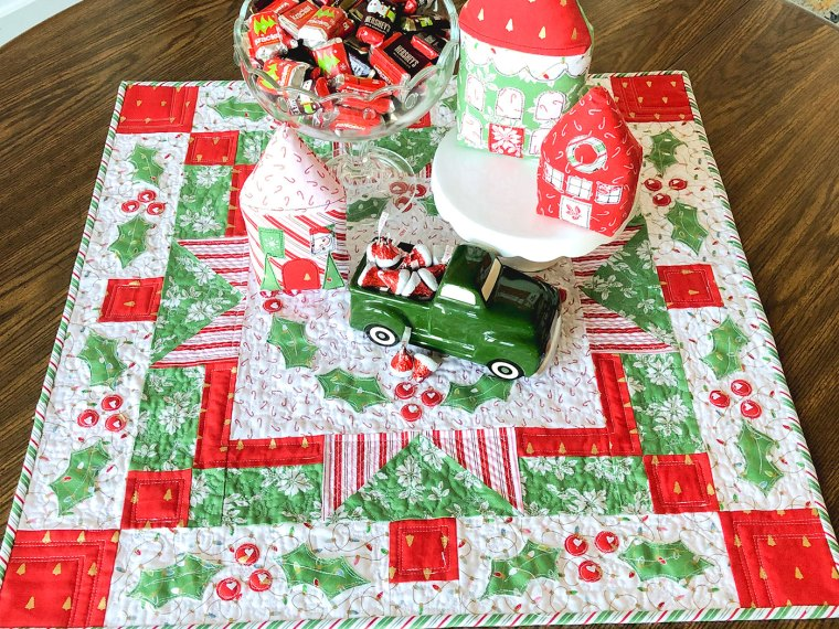 Holiday Mini Quilt