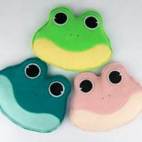 Fabric Frog Bean Bags with SpraynBond Basting Spray