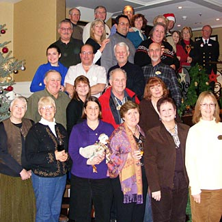 A very happy Travel Insider group on an earlier Christmas cruise.