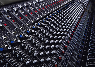 Digital technology has transformed music recording, mixing and mastering as well as music storage, distribution and playback.  But how can you tell when digital music is good and when it is not so good?