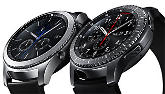 Smart watches no longer need to look nerdy, as these two Samsung Gear S3 models show.