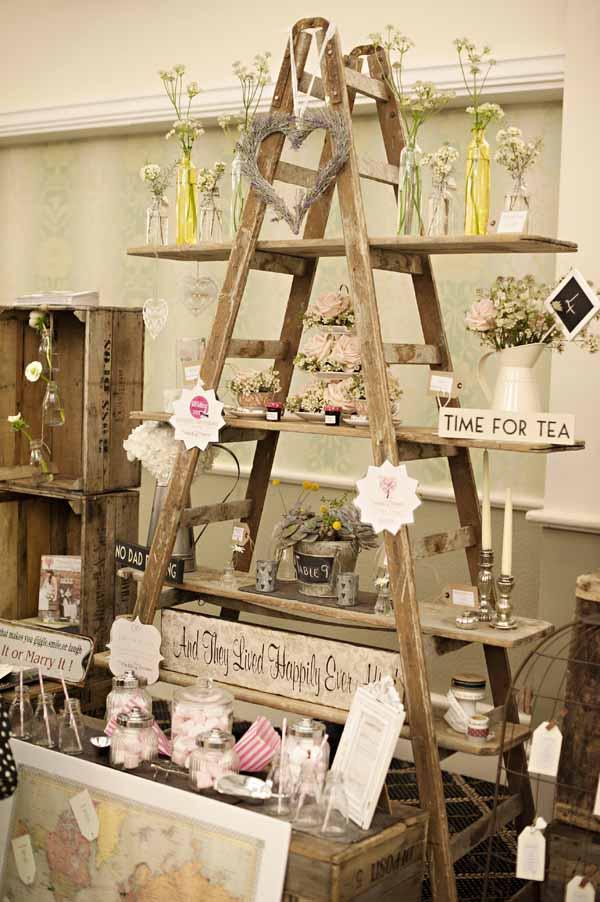 vintage wedding decorations11  UK Wedding Styling  Decor Blog  The Wedding of My Dreams
