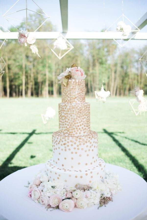 15 creative wedding cake
