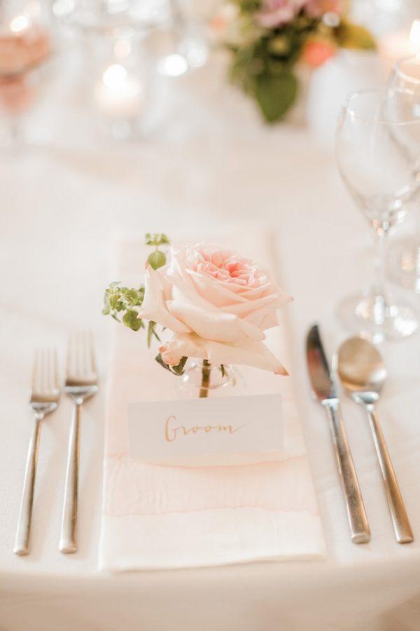 Elegant Wedding Place Settings And Napkin Dressing Inspiration