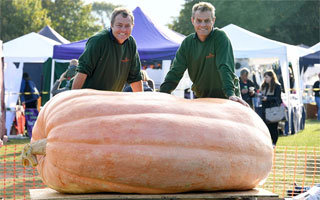 Interview with a Giant Pumpkin Maker