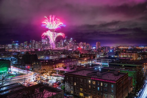 Seattle Welcomes the Year 2017