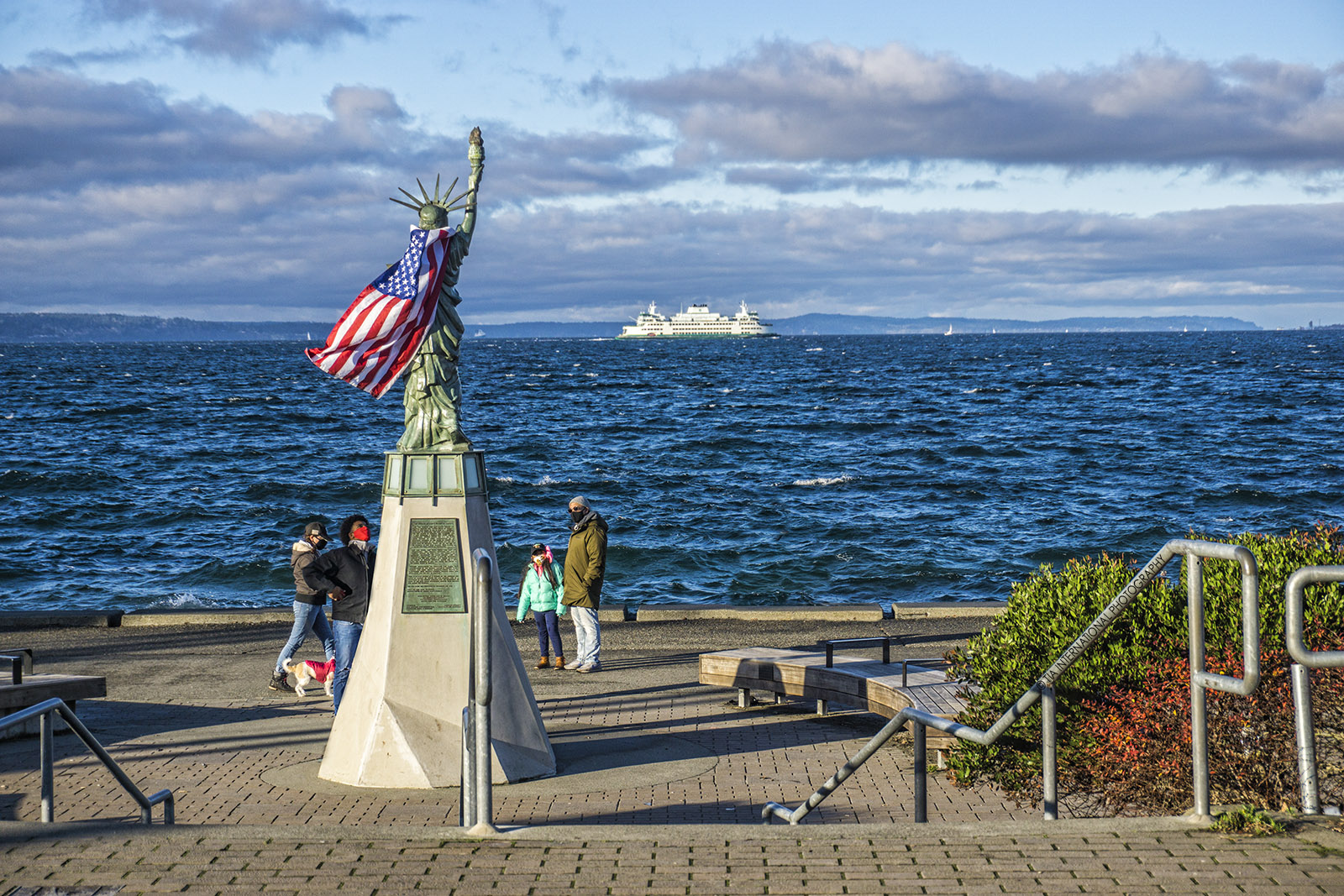 Statue of Liberty Plaza, Alki Beach, Seattle. (December 28, 2020).