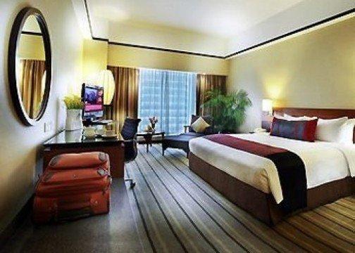 Grand Mercure Roxy Hotel room