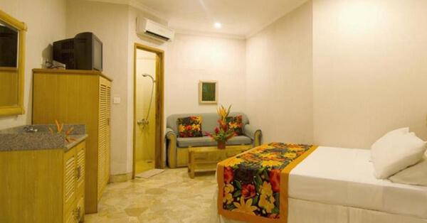 Hotel di Anyer Dekat Pantai - Hawaii Resort Family Suites