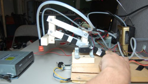 arduino powered cd robot - left side