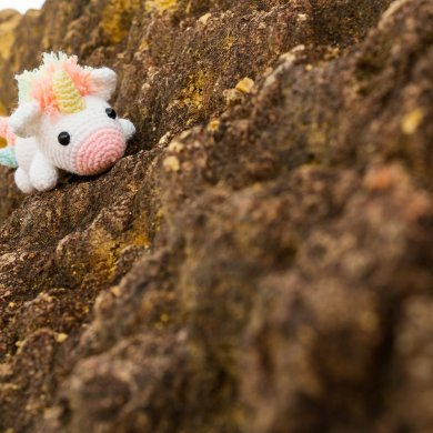 Tiny Rabbit Hole - We have been scammed :'( - unicorn amigurumi - crochet