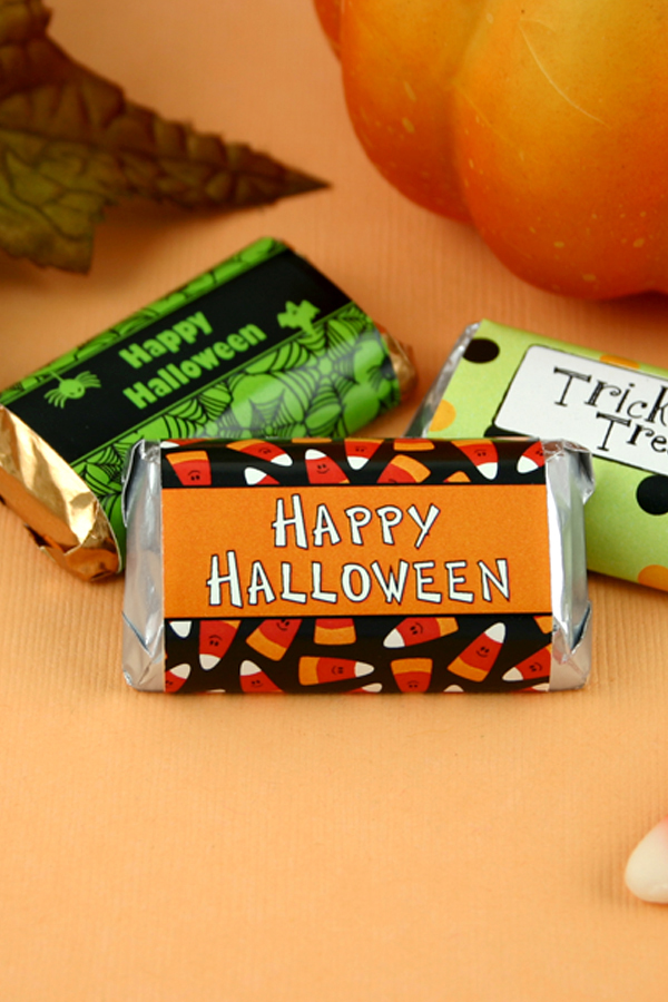 Personalized Halloween candy bars