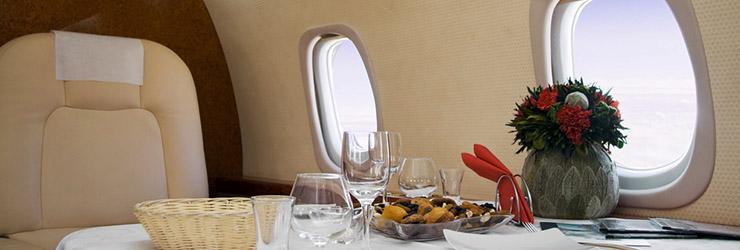 De meest luxe manieren om first class of business class te