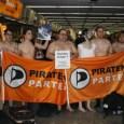 """Unter dem Motto """"Ihr braucht uns nicht zu scannen – Wir sind schon nackt"""" beteiligten sich Mitglieder der Piratenpartei Deutschland am heutigen 10. Januar an Flashmobs auf mehreren deutschen Flughäfen. […]"""