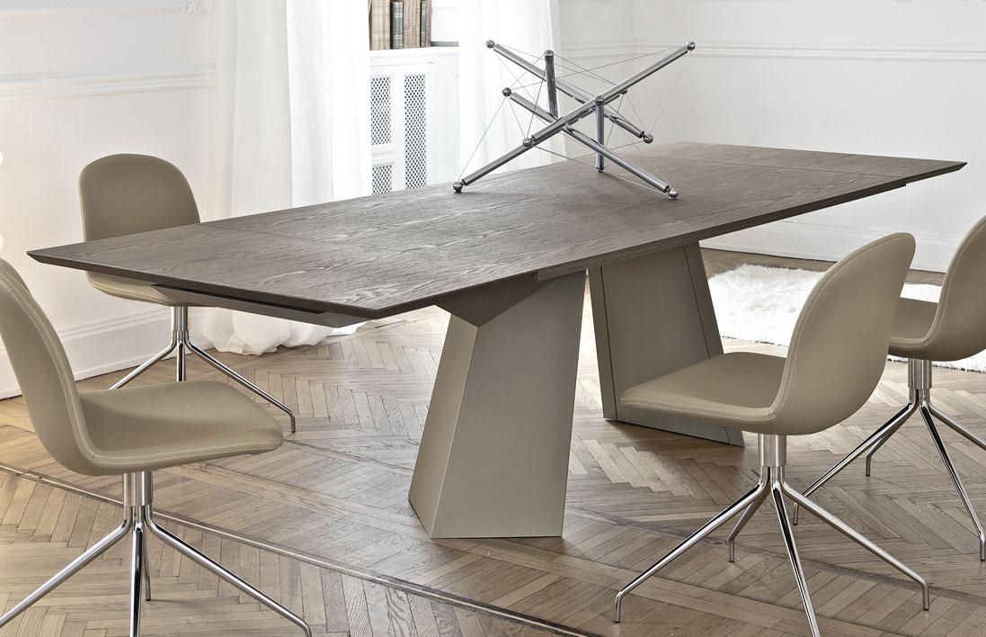 Scegli tra i tavoli moderni zenzero shop. Sedie E Tavoli Di Design Nel Giusto Abbinamento