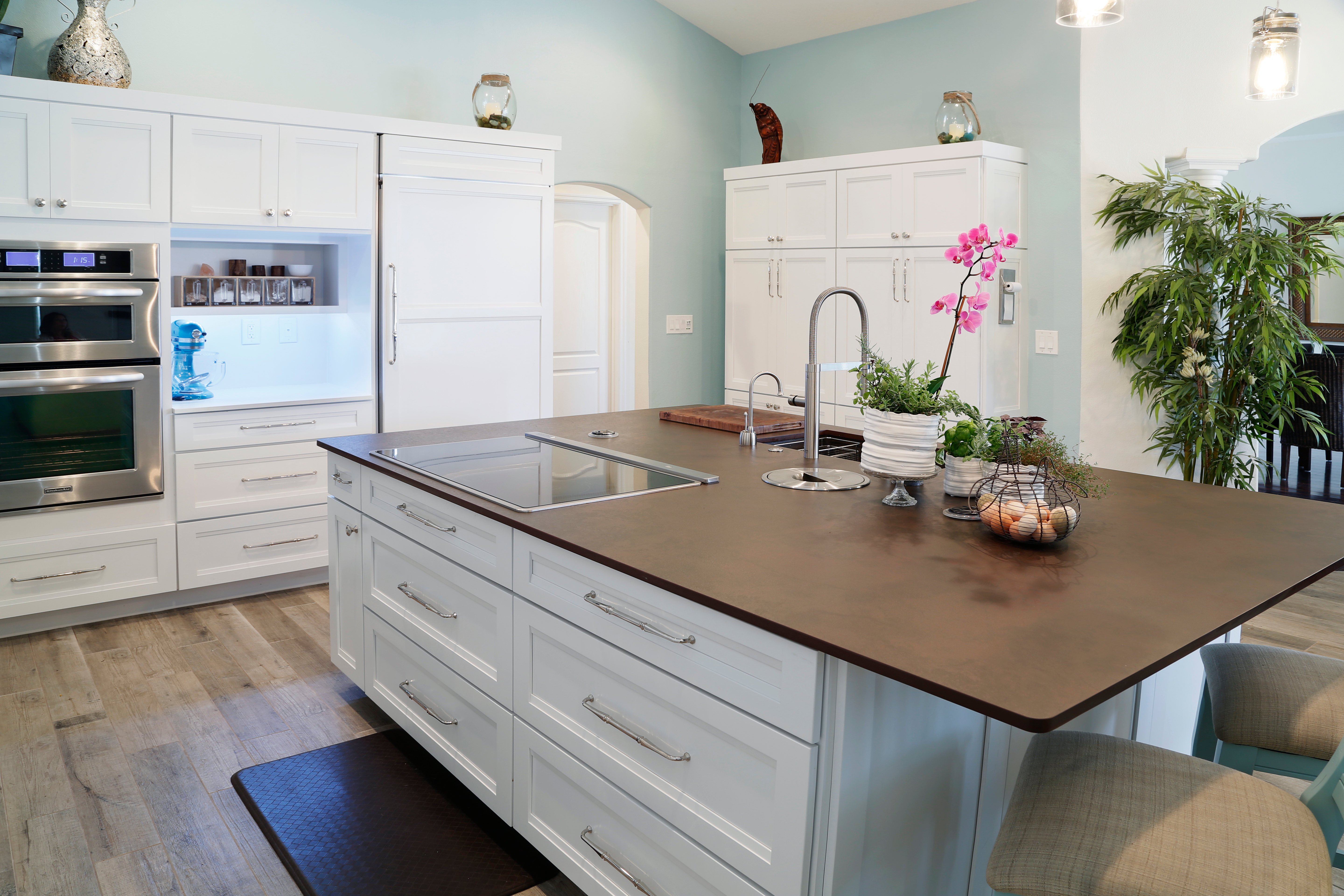 Top Knobs featured in a new Steamy Kitchen design by