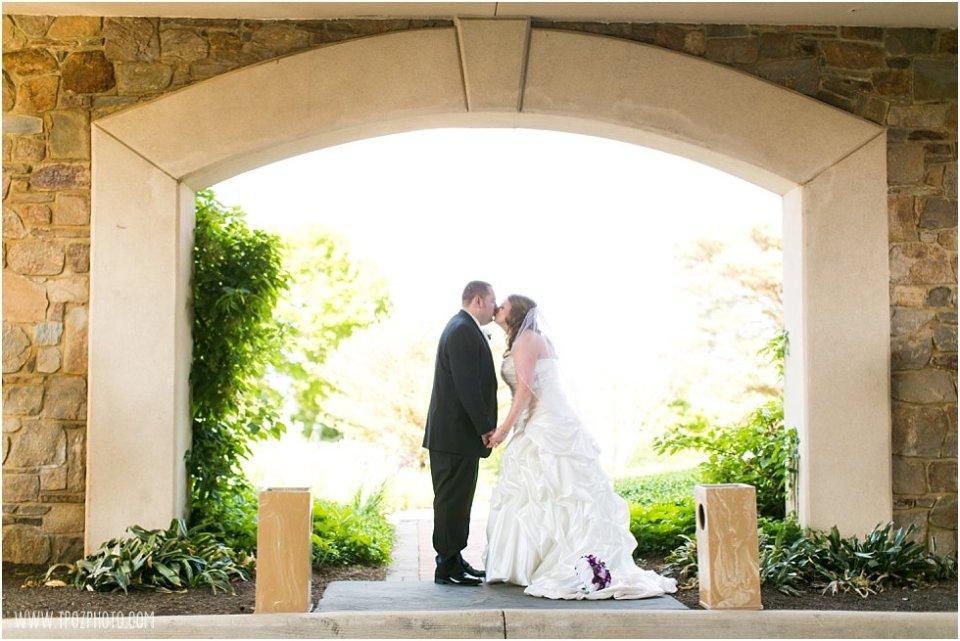 Hillendale Country Club Wedding Photos •  tPoz Photography  •  www.tpozphoto.com