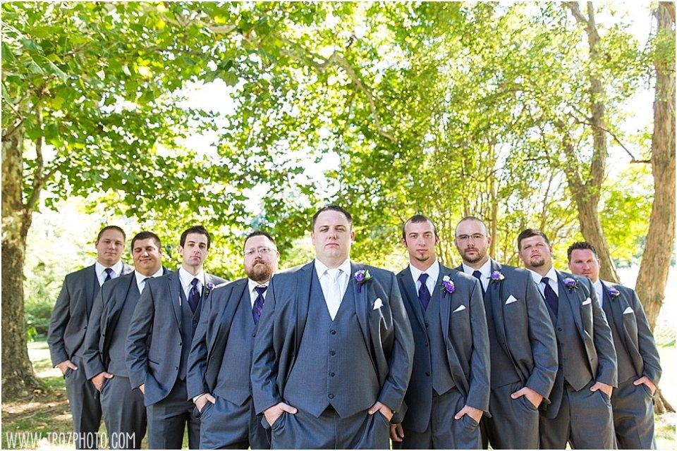 The Oaks Waterfront Inn Wedding || tPoz Photography || www.tpozphotoblog.com